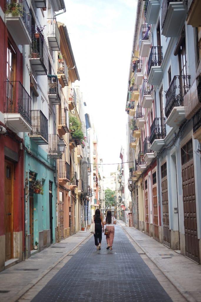 Se promener dans le quartier du Carmen