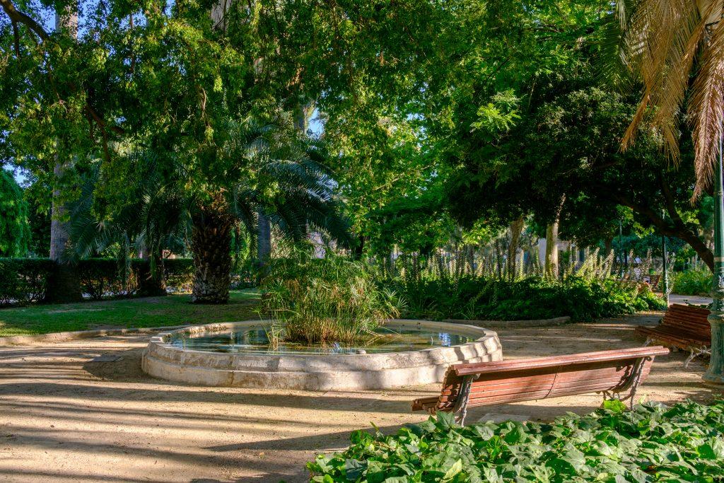 Se promener dans les Jardins del Real ou Viveros