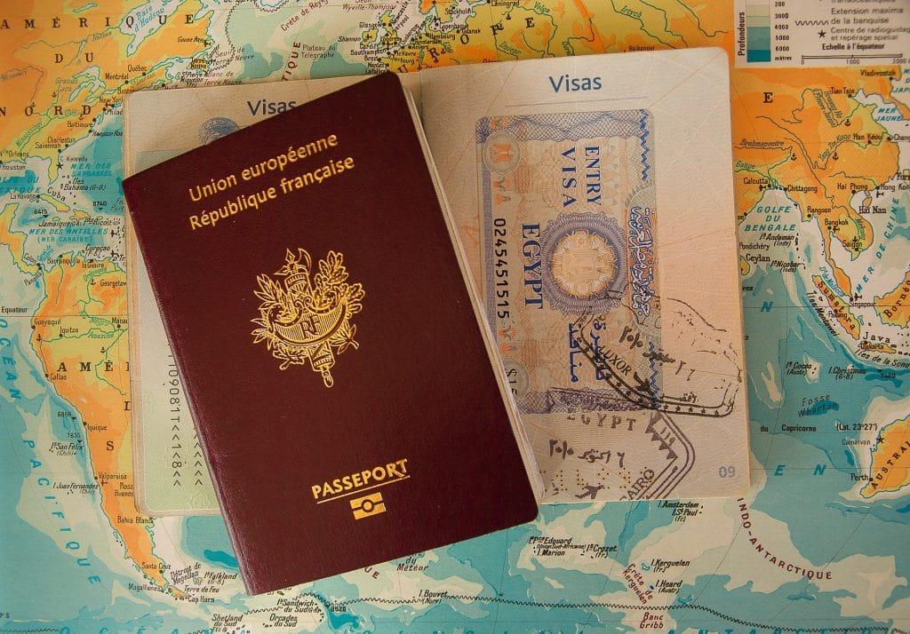 Obtenir son passeport français en Espagne